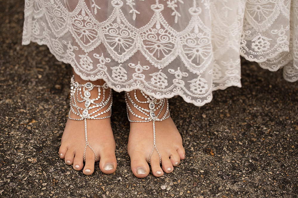 web-res-feet-bridal